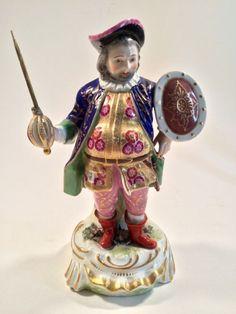 A good 19th Century samson of Paris copy of an 18th Century Derby figurine of…