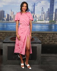 Ready to hit monday tomorrow? Think pink like Laura Harrier did when attending the photocall of Spiderman: Homecoming movie. The actress was looking pretty in floral draped high slit dress by Prabal Gurung. Look how she put the modern touch with pump shoes in pvc materials. #lauraharrier #prabalgurung #spidermanhomecoming #spiderman #mcredcarpet  via MARIE CLAIRE INDONESIA MAGAZINE OFFICIAL INSTAGRAM - Celebrity  Fashion  Haute Couture  Advertising  Culture  Beauty  Editorial Photography…