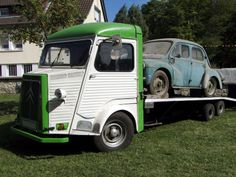 Citroen type H - Dépanneuse Citroen Van, Citroen Type H, French Classic, Classic Cars, Manx, Camping Car, Tow Truck, Cool Trucks, Cars And Motorcycles