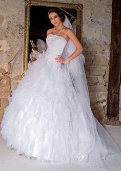 tati mariage robe baroquis - Tati Mariage Paris Barbes