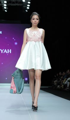 IFW 2013 # 223 Suheni Estuningyah – Classic Romantic Indonesia Fashion Week, Romantic, Formal Dresses, Classic, Cute, Accessories, Dresses For Formal, Derby, Formal Gowns