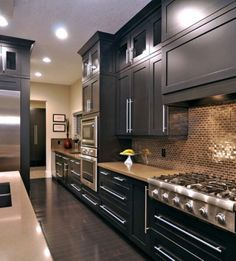 Kitchen Design ☆ Back splash Stainless, Charcoal Cabs.
