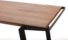 SKETCH | Desk [ from the ULC ] by TRETOW, via Behance