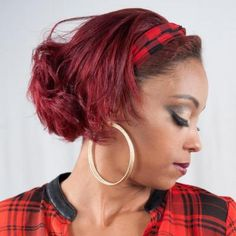 Accentuate your beautiful features with the help of local makeup artist Taquia Gordon. She provides professional hair and makeup services for photo shoots, weddings, night-outs, and other special events.