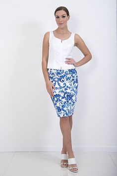 Delft Skirt – A lined panel skirt with white top-stitching  piadupradalonline
