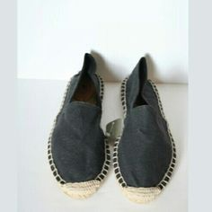 """Jcrew Canvas espadrilles dark grey new sz.7 Summery and sweet, colorful espadrilles are a great alternative to sandals (they're the exact point where comfortable meets cool).Cotton canvas upper.Jute, rubber sole.Made in Spain.Half sizes order up.5/8"""" heel. Stored in a smoke free and pet free home Mark on label to prevent store return J. Crew Shoes Espadrilles"""