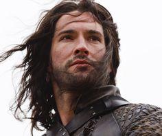 Tom Ellis cast as Lucifer in Fox's DC TV pilot