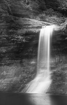 Cascade Falls at Matthiessen State Park, Illinois ©