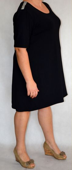 czarna Shirt Dress, T Shirt, Dresses, Fashion, Shirtdress, Tee, Gowns, Moda, La Mode