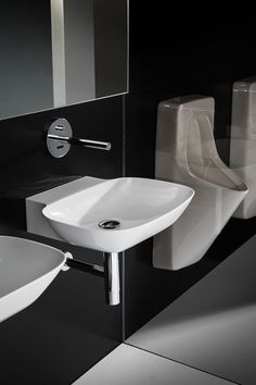 SaphirKeramik Ino basin - Designer Single washhand basins by Laufen ✓ Comprehensive product & design information ✓ Catalogs ➜ Get inspired now Laufen Bathroom, Interior And Exterior, Interior Design, Bathroom Collections, Bathroom Trends, Ceramic Materials, Bathroom Furniture, Home Furnishings, Architecture Design