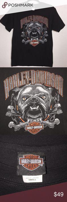 HARLEY DAVIDSON South Dakota Custer Bulldog Tee HARLEY DAVIDSON Motorcycles South Dakota Custer Black Hills Bulldog Tee Shirt   Size: Small (Mens)   Condition: Great condition. Worn lightly, little to no signs of use. Please see photos. Harley-Davidson Shirts Tees - Short Sleeve