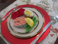 This is another Dinner plate, mouth watering Grilled Salmon, string beans, baked potato, lemon slice and tomatoes. Educational and fun.   This can be found at  mummo130945.Webstore.com