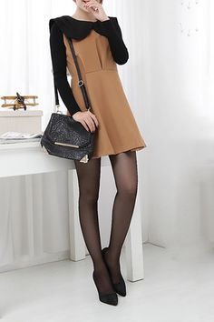 Contrast Colored Oversized Peter Pan Collar Sleeveless Dress