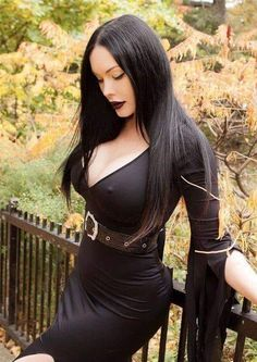 Hot Goth Girls, Gothic Girls, Goth Beauty, Dark Beauty, Darkness Girl, Goth Chic, Gothic Models, Goth Women, Metal Girl