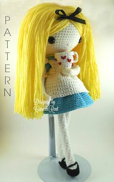 ATTENTION - Keep in mind that this is a crochet pattern in a PDF. This is NOT the finished product.  From the Walt Disney Alice in Wonderland animated film. I was inspired to do Alice due to the upcoming film Alice Through the Looking Glass.  Alice is approximately 15 inches tall. Also, please keep in mind that this doll cannot stand up on its own.  This is a non-refundable purchase. Once the payment has been confirmed you will be allowed to download the pattern in a PDF. The language in…