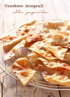 Saltando in padella: Crackers integrali alla paprika (con licoli)