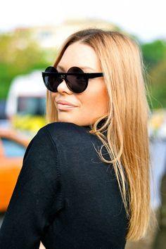 Rolo Half Rim Round Sunglasses #roundsunglasses #retrosunglasses www.wholesalecelebshades.com