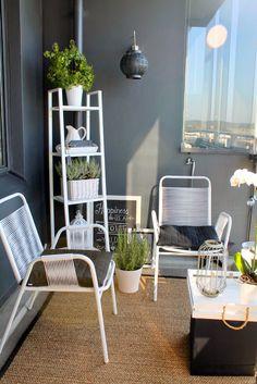 small balcony decoration