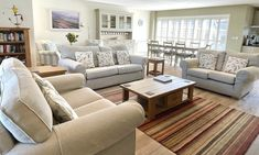 New England Style, England Fashion, Beach House, Couch, Luxury, Furniture, Home Decor, Beach Homes, Settee