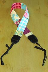 make your own camera strap DIY... I NEEEED to do this!