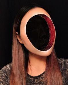 Prontos para o Halloween?A makeup artist Mimi Choi, de Vancouver, no Canadá, está chocando a internet com suas habilidades em criar ilusão de ótica! Chamada de Faceless (Sem rosto), a make que cria um …
