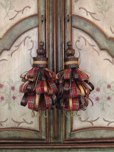 Red Tartan Plaid Walnut Decorative Tassel Set by Duvalls on Etsy, $48.00
