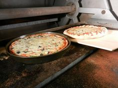 53 pizza places received votes in our 2016 Best of the Fox competition. Here are the 10 best places to get pizza in Kane County, as voted on by readers in last year's contest.