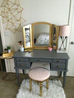 Teen Bedroom Makeover Ideas Repurposed Desk into a Make Up Vanity – Teen Bedroom Ideas (Diy Vanity Make Up) Bedroom Vanity, Furniture, Repurposed Desk, Interior, Bedroom Makeover, Bedroom Design, Bedroom Diy, Home Decor, Apartment Decor