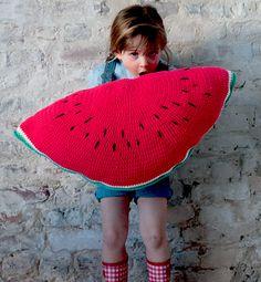 crochet watermelon  http://www.phildar.fr/VAD/catalogEntry.html?langId=1&ceId=38242#detail_fils