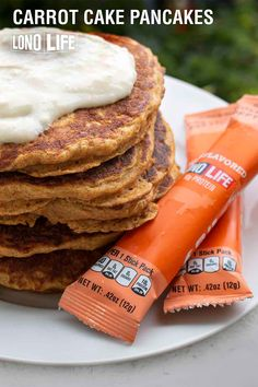 Up your breakfast game with our Carrot Cake Pancakes! Easy to make, these pancakes have all you need for a comfort food breakfast. Fun Baking Recipes, Dessert Recipes, Cooking Recipes, Yummy Recipes, Desserts, Carrot Cake Pancakes, Pancakes Easy, Swedish Pancakes, Breakfast Dishes