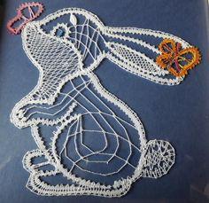 Bobbin Lace Patterns, Lace Making, Lace Design, Alphabet, Crochet Necklace, Lace, Amigurumi, Children, Animaux