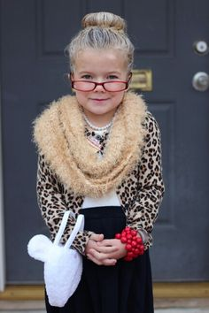 100th day of school ideas - Dress like a 100 year old for the 100th day of school