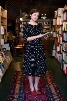 #Modest doesn't mean frumpy. #DressingWithDignity www.ColleenHammond.com Polka Dot Dress by Stop Staring.