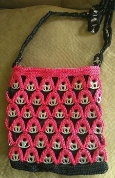 Rosa Y Negro Soda Etiqueta Pop Top Tire ficha Crochet bolso bolso hecho a mano