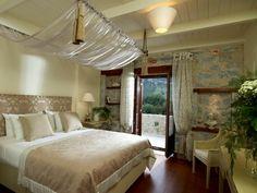 Porto Vitilo Mani luxury hotel   Living Postcards - The new face of Greece