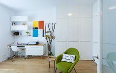 Malý byt 1+1 – HANÁK Olomouc Corner Desk, Furniture, Home Decor, Corner Table, Decoration Home, Room Decor, Home Furnishings, Home Interior Design, Home Decoration