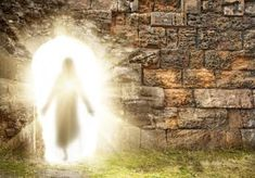 What is the Easter Miracle of the Resurrection?: On the first Easter, the Bible says Jesus Christ rose from the dead, coming back to life in a resurrection miracle. What Element Are You, What Is Easter, Easter Pictures, Jesus Resurrection, Your Soul, Mythical Creatures, Ancient Egypt, Holy Spirit, Free Spirit
