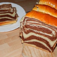 Cozonac Romanian Food, Romanian Recipes, Loaf Cake, Hot Dog Buns, Cheesecakes, Sandwiches, Cooking Recipes, Menu, Sweets