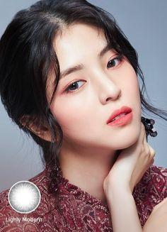 한소희-사진63 : 네이버 블로그 Beautiful Asian Girls, Beautiful Women, Money Flowers, Birthday Dates, Korean Actresses, Celebs, Celebrities, Girls 4, Make Me Smile
