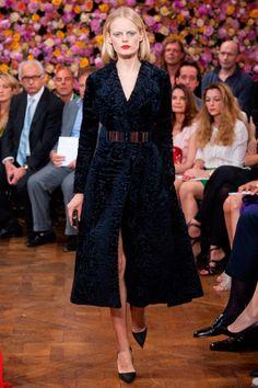 RAF!  PERSIAN LAMB!  DIOR!  FUR FOR THE WIN!    Christian Dior Haute Couture autumn/winter 2012 show