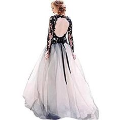 Chady Sexy Deep V-Neck Black Lace and White Tulle Wedding Dresses Backless Long Sleeves Vintage Gothic Bridal Gowns