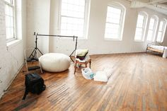 Would love a studio like this to shoot indoor photos