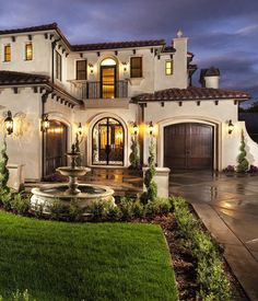 Modern minimalist style since a few years ago, even to this day is still a favorite type of home design today is a house with Mediterranean architecture. Indeed, the style of Mediterranean architec… Mediterranean Homes Exterior, Mediterranean Architecture, Mediterranean Decor, Mediterranean House Plans, Spanish Architecture, House Architecture, Mediterranean Bathroom, Mediterranean Recipes, Spanish Style Homes