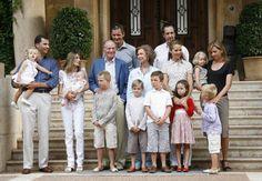 La evolución del posado de la Familia Real en Mallorca - Foto 1
