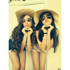 Cute pose for best friends photo ideas ❤ liked on Polyvore featuring backgrounds, girls, hair and pictures
