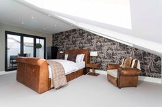 """Love the finished look of this loft conversion by @simplyloft. Sterlingbuild #WinAVELUX"""""""