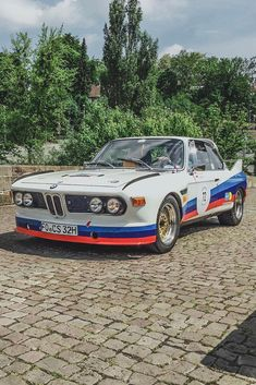 Classic Car News Pics And Videos From Around The World Bmw E9, Bmw Autos, Bmw Classic Cars, Classic Car Insurance, Diesel Cars, Tuner Cars, Bmw 5 Series, Top Cars, Small Cars