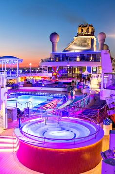 Here's what's so incredible about sailing Royal Caribbean Anthem of the Seas with kids!