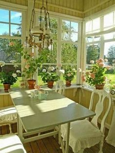 Screened in porch Decor, House Design, House, Cottage Style, Home, House Inspo, Cottage Homes, Cottage Decor, House Interior