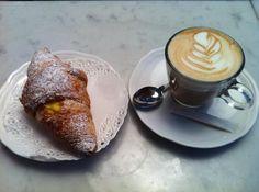 Cornetto & Cappuccino //Firenze I must return